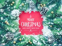 Frohe Weihnachten und guten Rutsch ins Neue Jahr, Typografie, Text mit Weihnachtsverzierung Lizenzfreie Stockfotos