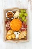Fromage avec de la viande, raisin Image stock