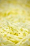 Fromage déchiqueté frais de mozzarella Photographie stock