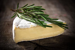 Fromage de brie Photo stock