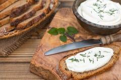 Fromage de Creem avec du pain Photos stock