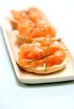 Fromage de saumon de fumée et fondu Photos libres de droits