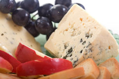Fromage et pomme de Gorgonzola Photos stock