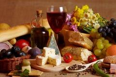 Fromage et vin Photographie stock libre de droits