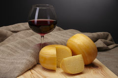 Fromage et vin Photographie stock