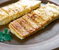 Fromage grillé de Halloumi image stock