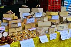 Fromage sur le Naschmarkt dans Wien Photographie stock