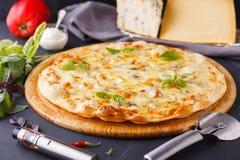 Fromages de la pizza quatre Photo stock