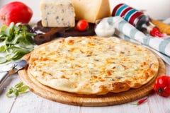 Fromages de la pizza quatre Photos stock