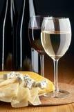 Fromages et vins Images libres de droits