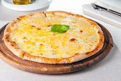 Fromaggi quattro Pizza des Käses vier Stockfotografie