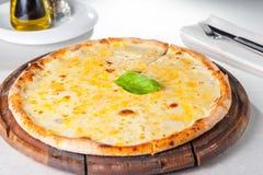 Fromaggi quattro Pizza des Käses vier Stockbild