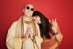 Frommer Guru mit Frau Stockfoto