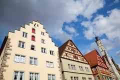 Casas velhas no der Tauber do ob de Rothenburg imagens de stock