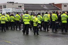 Front Demonstration national avec la grande présence policière Photo stock