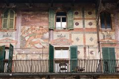 Front eines Gebäudes, Verona Lizenzfreie Stockbilder