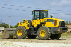 Free Front End Loader Royalty Free Stock Images - 4395229