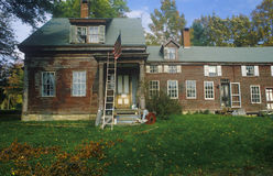 Front exterior of rundown home,  New England Royalty Free Stock Photography