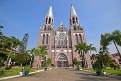 Front Facade av den helgonMarys domkyrkan på Yangon Myanmar Arkivbild