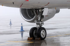 Front landing gear light aircraft on the ground Stock Photo