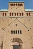 Front occidental de la cathédrale Photographie stock libre de droits