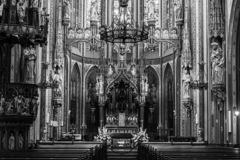 Free Front Of A Interior Gothic Church Royalty Free Stock Images - 159555329