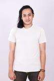 Front View Blank White Shirt på asiatisk manlig modell Arkivbilder