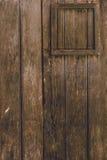 Front View de vieille porte en bois brune Images stock