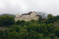 Front View del castello di Vaduz nel Liechtenstein Immagini Stock