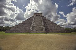 Front view of the entire Pyramid of the Chichen Itza stock image