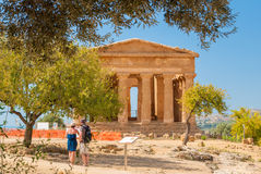 Front view of the greek temple of Concordia in the valley of the temples of Agrigento (Sicily) Royalty Free Stock Images