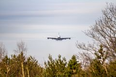 Airplane ist landing Royalty Free Stock Photography