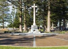 Front View Soldiers War Memorial kors, Victor Harbor, södra Aus Royaltyfria Foton
