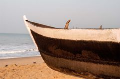 Front view of a wooden fishing boat Royalty Free Stock Photos