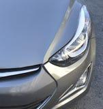 Front von neuen Fahrzeug Lichtern Lizenzfreie Stockfotos