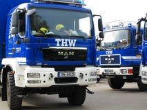 Front von THW-Brigade-LKW Stockfotos