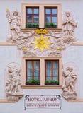 Frontaler Dekor von Aurus-Hotel Lizenzfreie Stockbilder