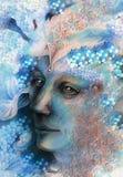Fronte dell'uomo di Elven con le perle e gli ornamenti, disegnanti Fotografia Stock Libera da Diritti