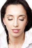 Fronte della donna di bellezza con gli occhi chiusi Fotografia Stock Libera da Diritti