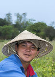 Fronte di giovane agricoltore vietnamita vicino a Hoi An Immagine Stock