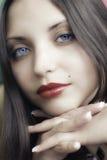 Fronte di giovane bella donna del brunette Fotografia Stock Libera da Diritti