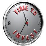 fronte di orologio dell'illustrazione 3D con tempo del testo di investire Fotografia Stock Libera da Diritti
