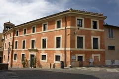 Fronte di una costruzione a Roma Immagine Stock Libera da Diritti