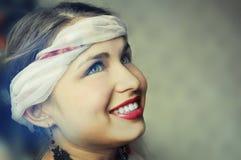 Fronte sorridente del primo piano della donna Fotografia Stock