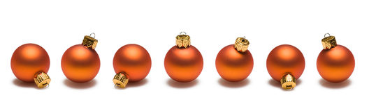 Frontera anaranjada de las bolas de la Navidad Fotos de archivo libres de regalías