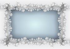 Frontera azul del copo de nieve de papel en fondo azul Fotos de archivo