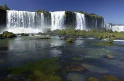Frontera de Iguazu Falls - del Brasil/de Argentina Fotografía de archivo