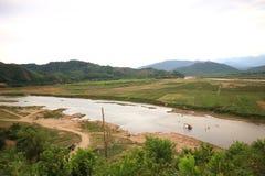 Frontera de Truong Son Range, de Vietnam y de Laos fotos de archivo