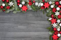 Frontera festiva del fondo de la Navidad Fotos de archivo libres de regalías