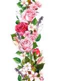 Frontera floral con la manzana, las flores de Sakura, la flor de cerezo, las flores de las rosas y las plumas Marco inconsútil de Foto de archivo